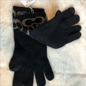 New Coach logo Cashmere blend gloves 💕💖💕